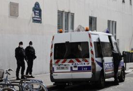 """""""PROZORI SU SE ZATRESLI"""" Parižani masovno prijavljuju da su čuli SNAŽNU EKSPLOZIJU"""
