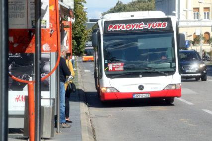 Rezultat dogovora Stanivukovića i prevoznika: Počela prodaja đačkih mjesečnih karata za maj