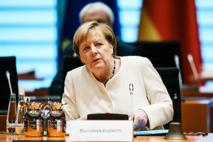 RASTE BROJ ZARAŽENIH Merkel se zalaže za NOVE RESTRIKTIVNE MJERE protiv korona virusa
