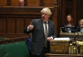 UPRKOS PRIJETNJI TUŽBOM IZ BRISELA Donji dom britanskog parlamenta usvojio SPORNI NACRT ZAKONA