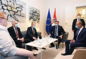 LIDER SDA POKAZAO PRAVO LICE Srbe i Hrvate smatra ZLOČINCIMA, a BiH državom Bošnjaka