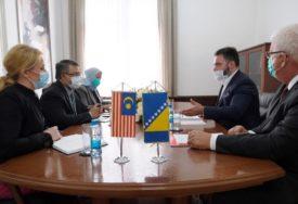 USAGLAŠENI VETERINARSKI SERTIFIKATI Košarac i Džafar razgovarali o izvozu govedine u Maleziju