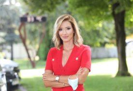 """IMALA JE JEDNO DA PORUČI Jovana Joksimović se prvi put oglasila nakon što je napustila """"Prvu"""""""