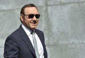 TVRDE DA SU ŽRTVE SEKSUALNOG NAPADA Podnesena tužba protiv slavnog glumca KEVINA SPEJSIJA