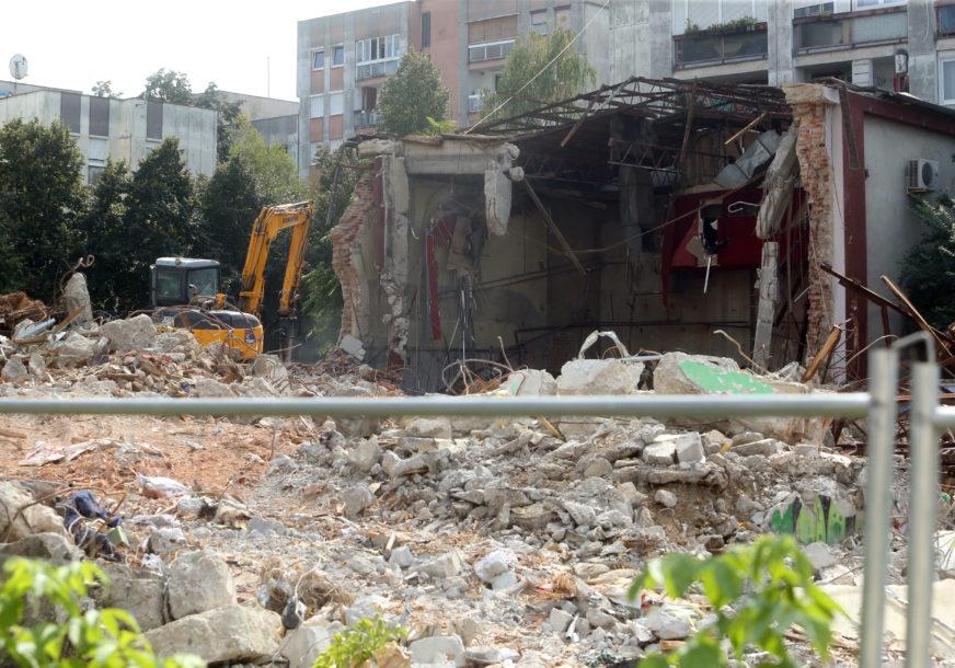 NIKAD NIJE KASNO ZA BUNT GRAĐANA Može li sloga stanara sačuvati izgled centra Banjaluke