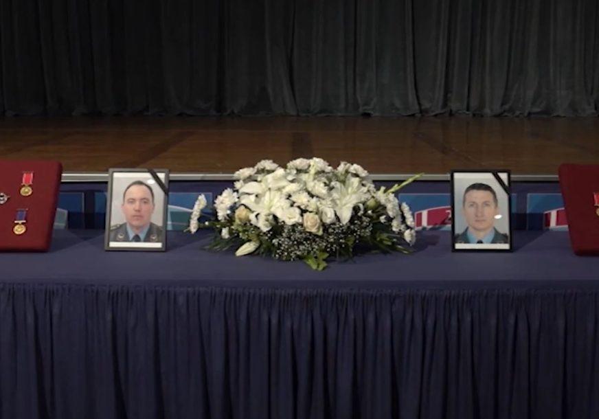 UZORI BUDUĆIM GENERACIJAMA Održana komemoracija pilotima stradalim u padu aviona