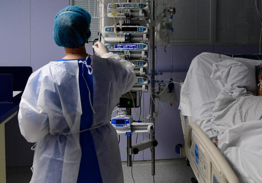 SVE VIŠE SLUČAJEVA KORONE Novi rekordan broj zaraženih na dnevnom nivou u Francuskoj