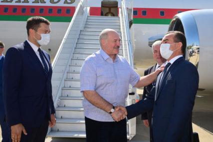 LUKAŠENKO KOD PUTINA Normalizacija krize u Bjelorusiji zadatak njenih građana