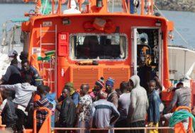 TALAS MIGRANTSKE KRIZE Skoro 300 migranata stiglo na Kanarska ostrva u jednom danu