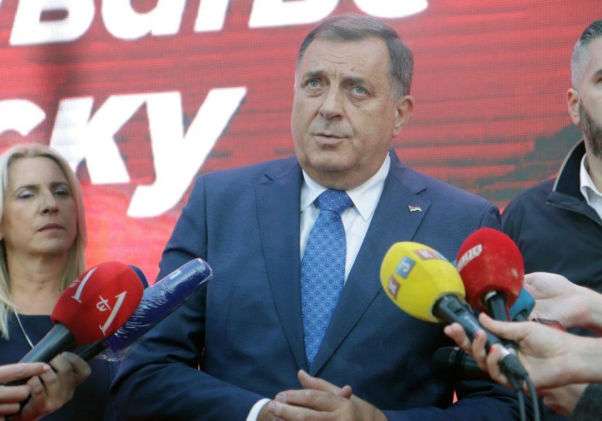 """""""PREMIJER DOBAR I ČASTAN ČOVJEK"""" Dodik odgovornost koja se nameće Viškoviću nazvao izmišljotinom"""