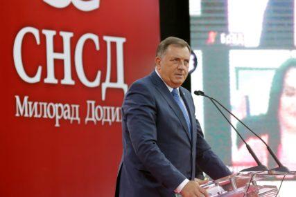 KONVENCIJA SNSD Dodik: Ne priznajem ništa osim pobjede