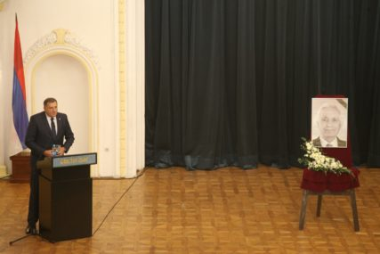 POČAST PRVOM PREDSJEDNIKU SKUPŠTINE SRPSKE Održana komemoracija povodom smrti Momčila Krajišnika (FOTO)
