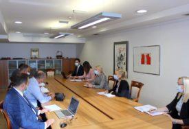 OSPOSOBITI IH ZA RAD U KOMPANIJAMA Trivićeva sa predsjednikom Unije udruženja poslodavaca o srednjoškolcima