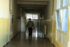 NARASTAJUĆI PROBLEM Izolacija nastavnika može ostaviti đake BEZ PREDAVAČA