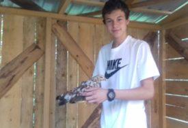 PTICE MU DONIJELE DŽEPARAC Bijeljinski tinejdžer hobi pretvorio u zaradu