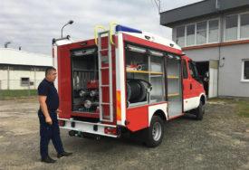 NABAVLJENO VOZILO VRIJEDNO 285.000 KM Vatrogasci u Čelincu će moći reagovati brže i efikasnije