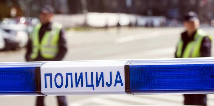 PUCNJAVA USRED DANA  Jedna osoba ranjena na parkingu ispred tržnog centra