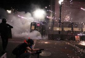 NASILNO HAPŠENJE DJEVOJČICE Protesti u Hong Kongu dobili novu dimenziju (VIDEO)