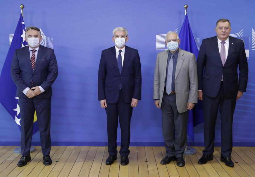 DOBRE VIJESTI ZA BiH IZ BRISELA Džaferović: Napravljen značajan iskorak prema članstvu EU