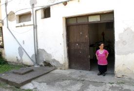 SA SINOM ŽIVI OD 200 KM MJESEČNO Samohranoj majci potrebna pomoć dobrih ljudi (FOTO)