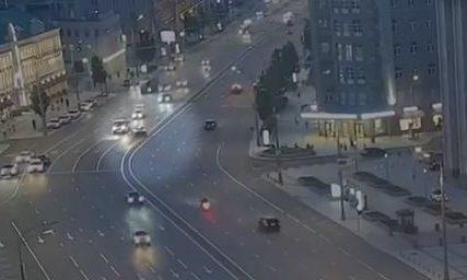 GLUMCU OSAM GODINA ROBIJE Jefremov bio toliko pijan da je jedva izašao iz svog smrskanog automobila (VIDEO)