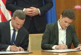 OTVORENA KANCELARIJA DFC U BEOGRADU Vučić: Od 1881. nismo imali ovako značajne sporazume sa SAD