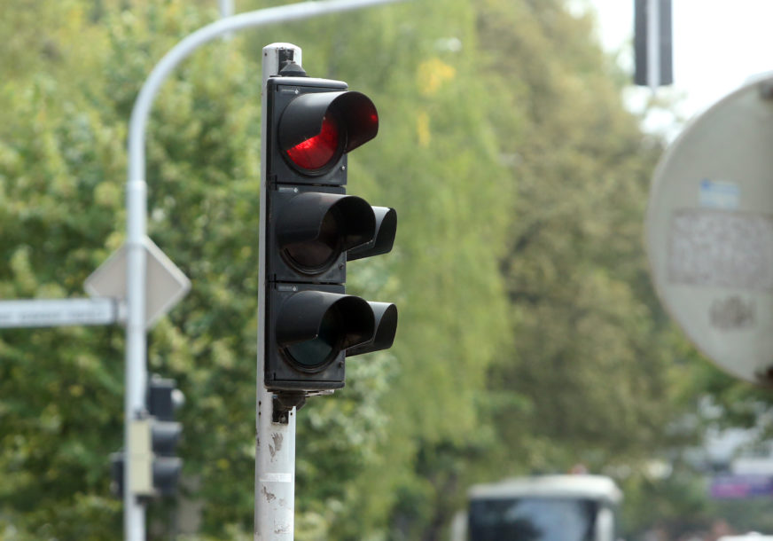 POBOLJŠANJE BEZBJEDNOSTI Uskoro semafor na prometnoj raskrsnici u Obilićevu
