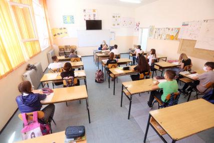 ĐACI OD SUTRA U UČIONICAMA U ovim školama u Srpskoj nastava će ipak biti onlajn