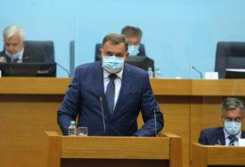 """DODIK BRUTALAN PREMA STANIVUKOVIĆU """"On u Banjaluci želi spomenik ustašama i balijama"""""""