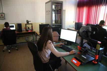 VAŽNE SMJERNICE Za bolju bezbjednost djece na internetu
