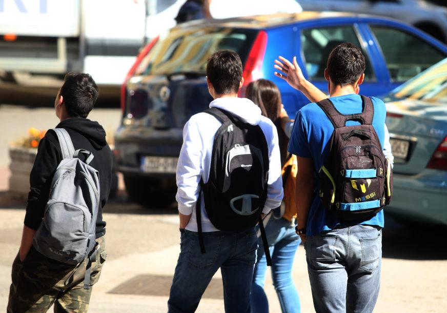 Maske obavezne i u učionicama: Učenici u Sloveniji se u ponedjeljak vraćaju u škole