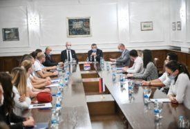 POTPISANI UGOVORI Na praksu u Gradsku upravu Banjaluka dolazi 21 student