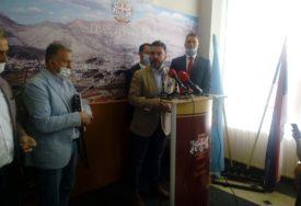 PROIZVODNJOM VINA SE BAVI 81 FIRMA Košarac: Nema prekomjernog uvoza grožđa, novi zakon uskoro pred parlamentarcima