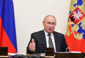 RUSIJA U LJUTOJ BORBI PROTIV ZARAZE Putin: Nema svrhe govoriti o drugom talasu epidemije