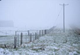 RANA ZIMA Snijeg pada na Alpama