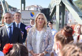 SPAJA SRPSKU I SRBIJU Cvijanovićeva obišla rekonstruisani most u Zvorniku