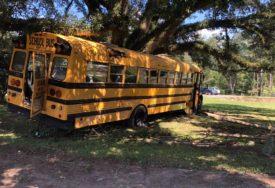 POTJERA TRAJALA PREKO POLA SATA Dječak (11) ukrao školski autobus, pa bježao od policije (VIDEO)