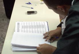 OD POŠTOVANJA ZAKONA VIŠE ŠTETE NEGO KORISTI  Ne smiruju se reakcije na uklanjanje spiska birača van BiH