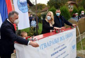 PUŠTEN U RAD NOVI VODOVOD Cvijanović: Podrška republičkih institucija lokalnim projektima