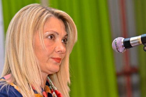 ONA SMIJE, HOĆE I ZNA Diana Čekić je kandidat PDP za načelnika Kostajnice i glasačima ŠALJE SNAŽNU PORUKU