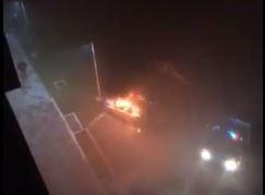ISTRAGA PODMETNUTOG POŽARA U DOBOJU Maskirani napadač polio vozilo tečnošću i zapalio
