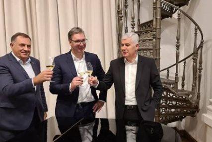 """""""RAZGOVOR PRIJATELJA"""" Vučić u Beogradu ugostio Dodika i Čovića (FOTO)"""