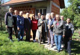 Ilići iz Lijevče polja POSJETILI POSTOJBINU na Manjači: Da upoznaju zavičaj predaka ČEKALI 180 GODINA