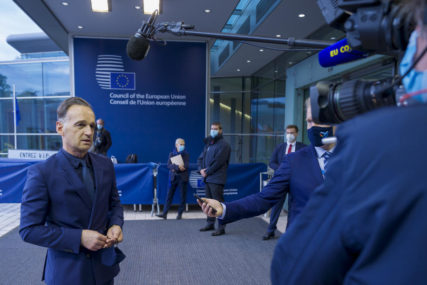 TROVANJE NAVALJNOG I KRŠENJE KONVENCIJE Njemačka i Francuska predlažu uvođenje SANKCIJA RUSIJI