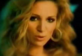 DANAS JE MAJKA PETORO DJECE I ŽIVI DALEKO OD SRBIJE Ispovijest pjevačice koja je prije 15 godina nestala sa JAVNE SCENE
