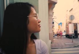 """""""MAMA, NADAM SE DA ĆEŠ MOĆI DA MI OPROSTIŠ"""" Emotivna ispovijest djevojke koja je iz Melburna POBJEGLA U SRBIJU"""