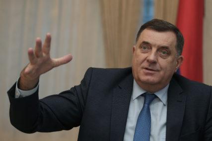 """""""POŠTOVAĆU SVAKU ODLUKU"""" Dodik poručio da je na DNS odluka da li će napustiti koaliciju"""