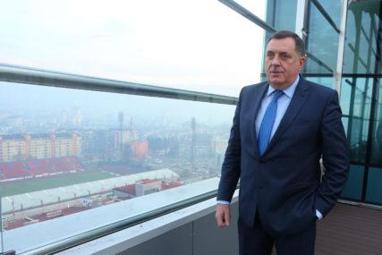 """""""Izuzetno značajan projekat"""" Dodik čestitao na potpisanom ugovoru za gradnju dionice auto-puta"""