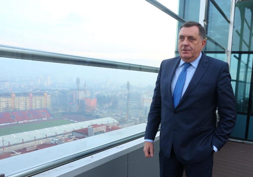 Dodik čestitao osmi mart: Žene su stub porodice i cijelog društva