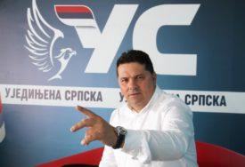 """IZ UJEDINJENE SRPSKE PORUČILI """" Preletač je gradonačelnik Ljubiša Petrović"""""""